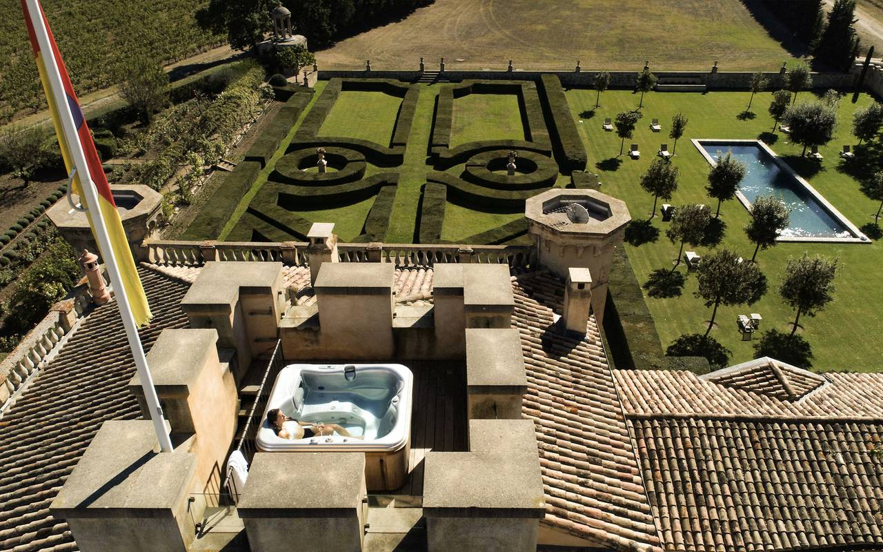 Aerial view villa - luxury accommodation provence