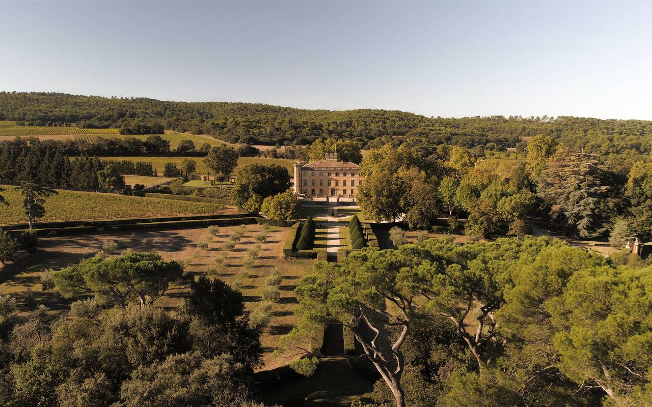 Aerial view of Villa Baulieu - Guest house in provence