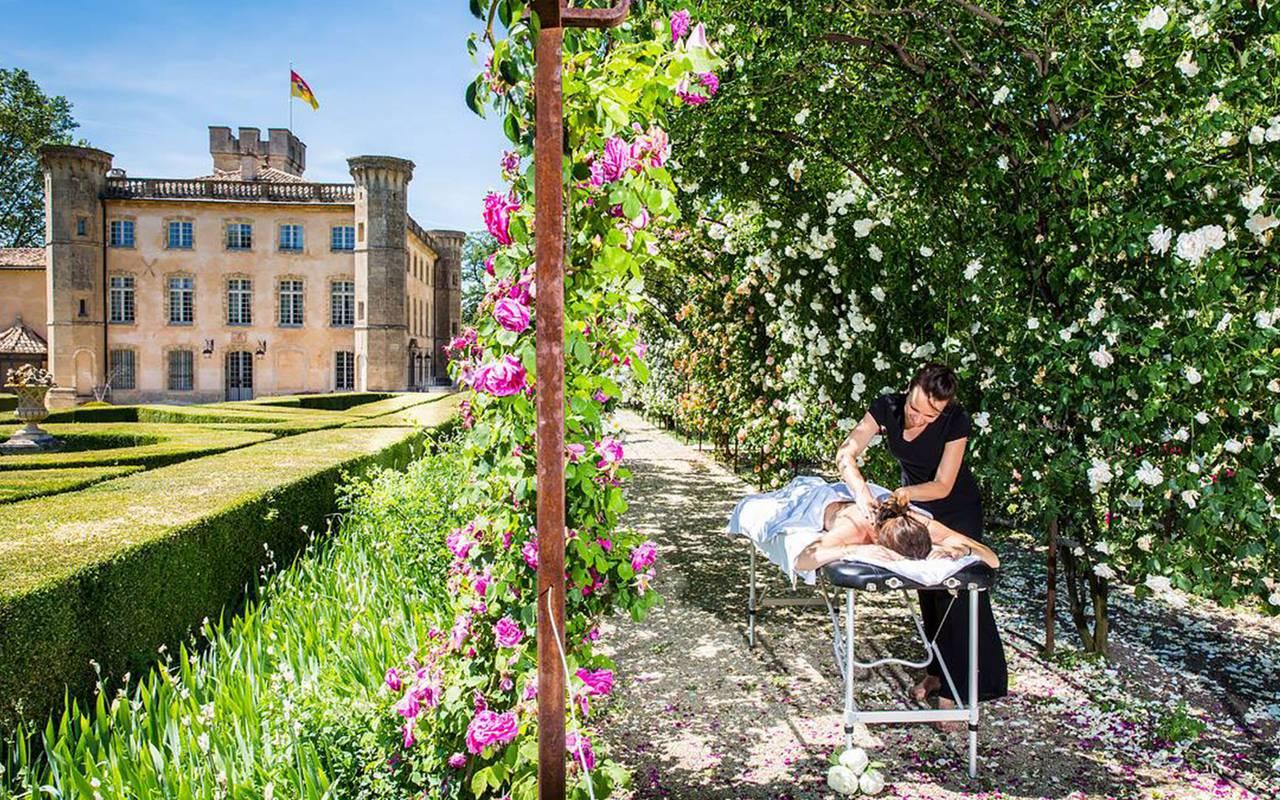 Massage dans le jardin - Vignoble provence