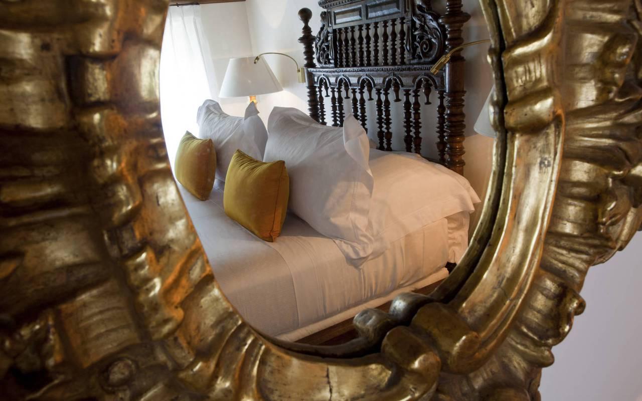 miroir chambre pierre dalamon - maison d hote de charme luberon