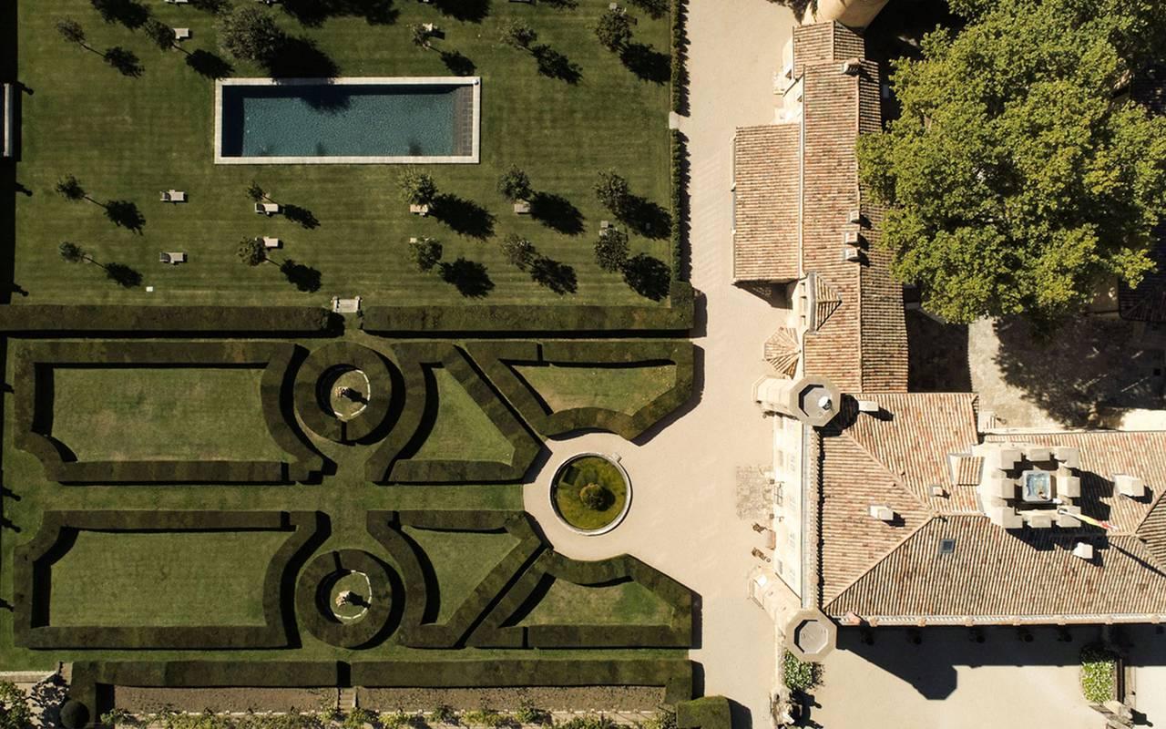 Vue aérienne jardins villa baulieu - maison d'hôte de charme luberon